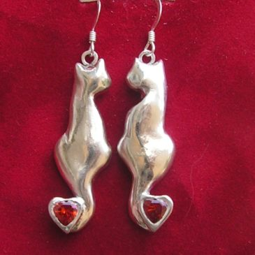 Silver clay cat earrings – the result
