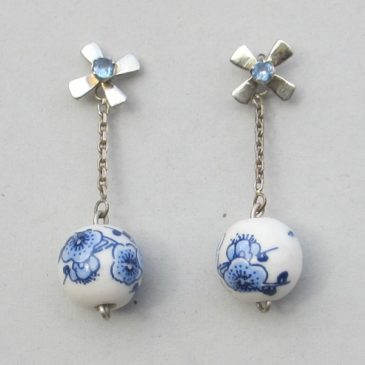 Delft blue jewellery with tulip – another cliche or a success formula?