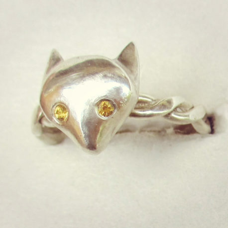 Silver fox head ring