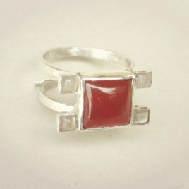 Square carnelian ring silver
