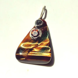 Tigers eye pendant silver