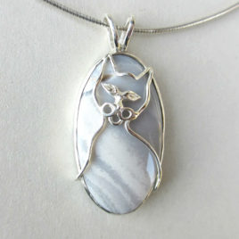 Grey cat pendant agate, sterling silver cat pendant