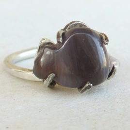 Grey cat ring sterling silver and banded agate (aka Botswana)