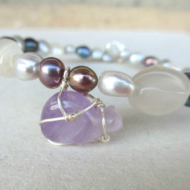 Amethyst cat bracelet, beaded cat bracelet gemstones pearls