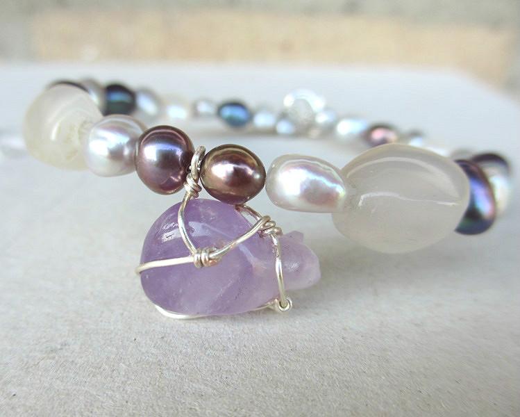 Amethyst cat bracelet, beaded cat bracelet gemstones pearls