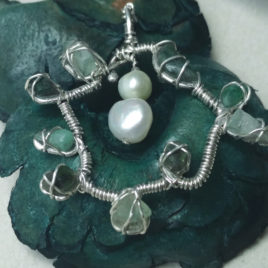 Raw beryl pendant: raw emerald + raw aquamarine, pearls, 925 silver