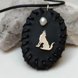 Howling wolf moon necklace sterling silver